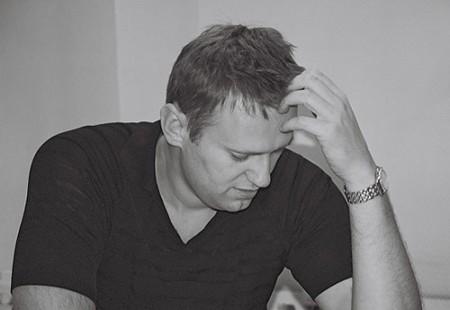 Навальный — митинг декабрь 2011 — белая лента