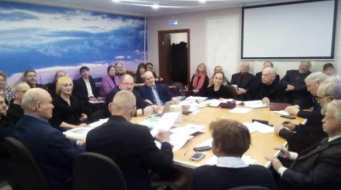 Комитет возобновил работу